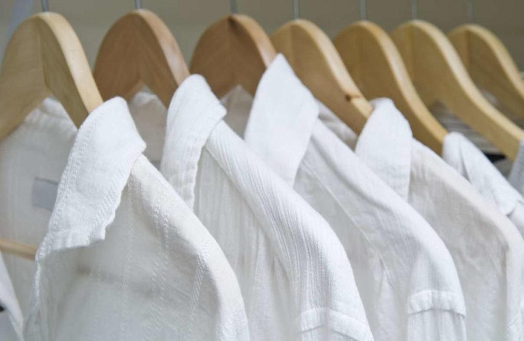 Особенности материала белых рубашек