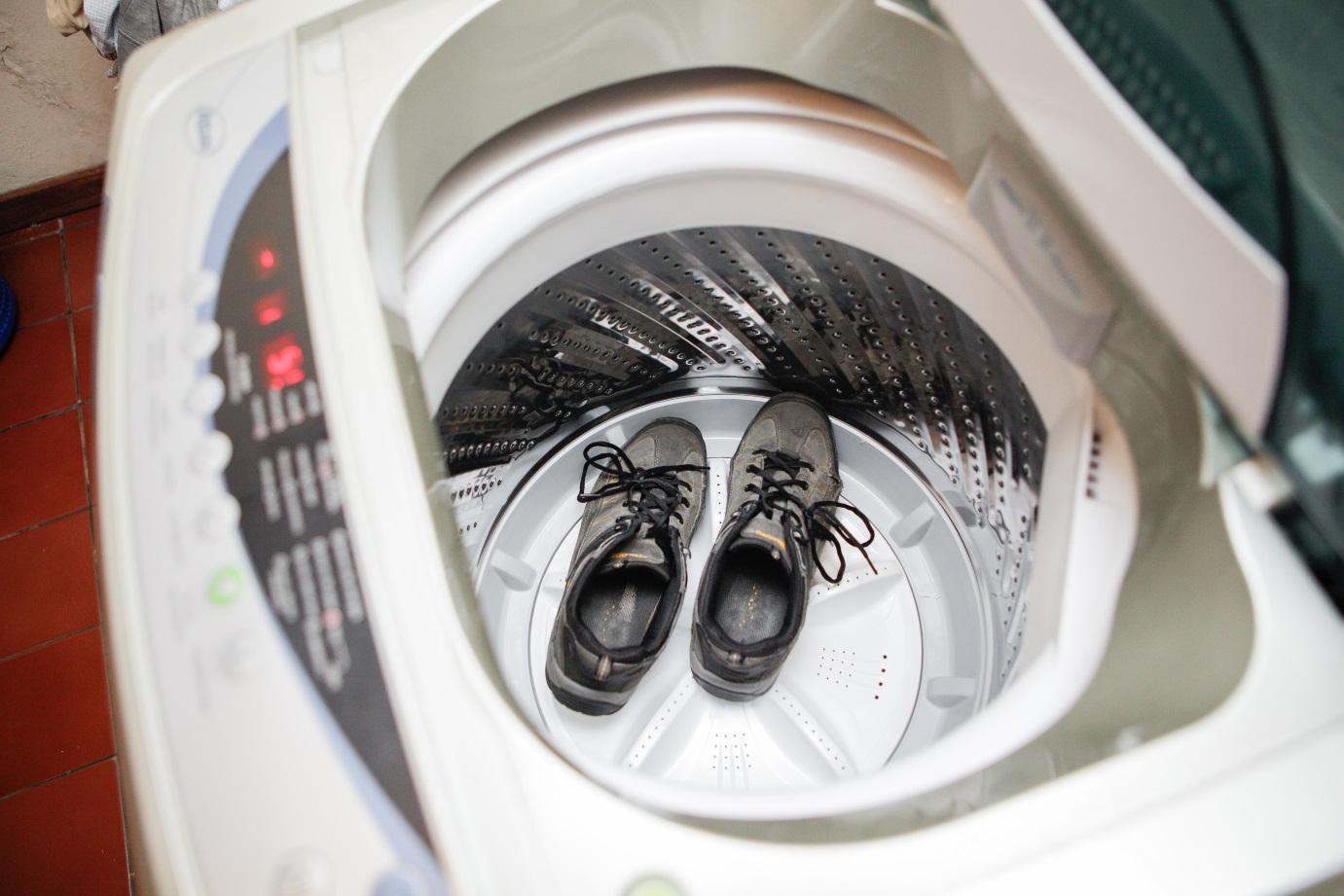 Особенности стирки обуви