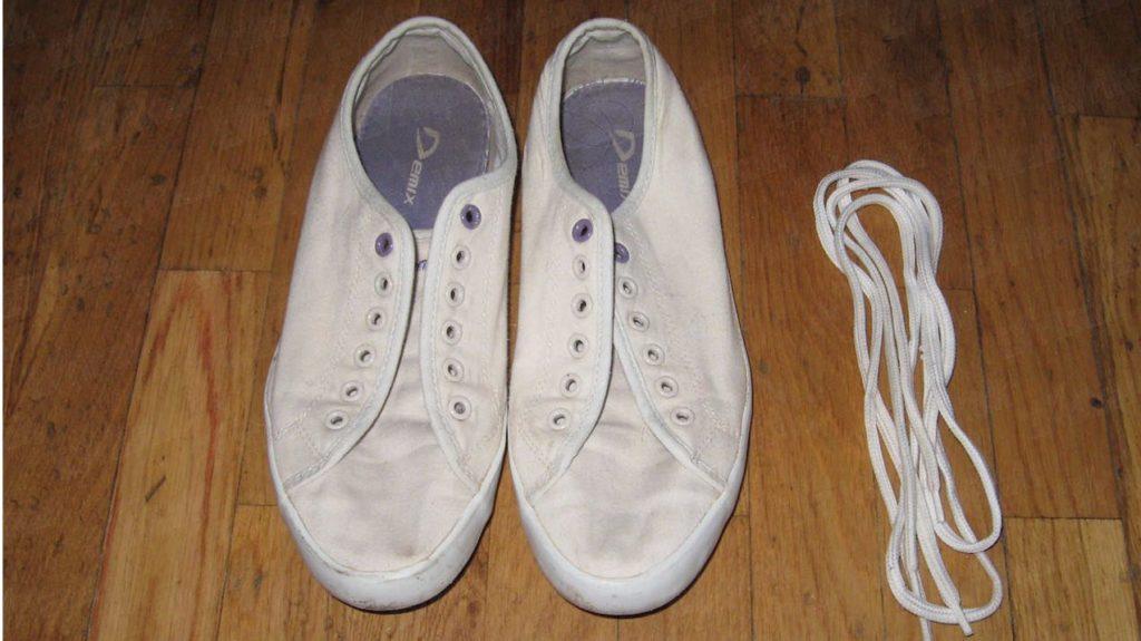 Кеды и шнурки